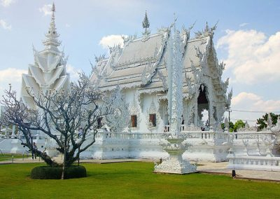 whitetemple-thailand